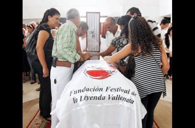 El pueblo vallenato le dio el último adiíos al Rey Vallenato Rafael Salas.