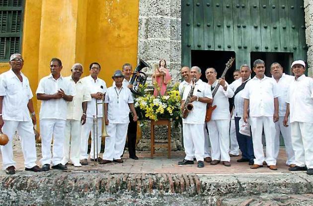 Músicos ofrecen serenata a Santa Cecilia