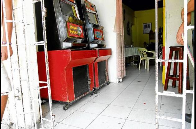 La víctima estaba en este lugar sacándole monedas a las máquinas de juego cuando