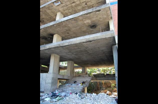 edificación abandonada