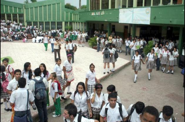 estudiantes beneficiarios de subsidios.