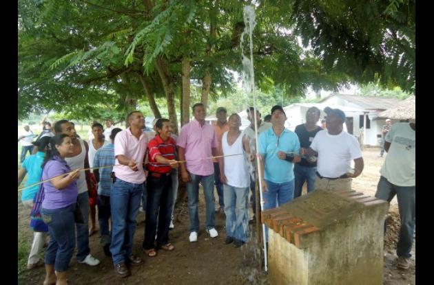 La comunidad de Pueblito, satisfecha por la inauguración del acueducto.
