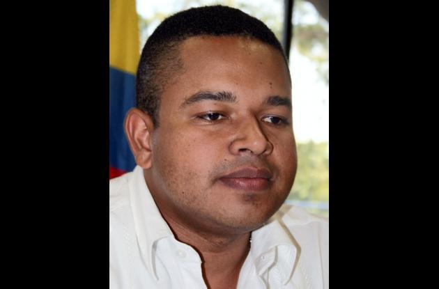 Yahir Acuña Cardales, representante por las Negritudes.