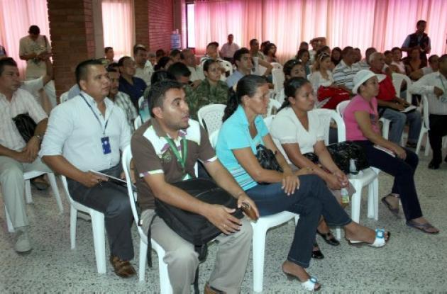 Las mesas de trabajo previas se cumplieron ayer en la Gobernación de Sucre