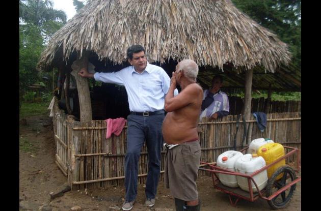 candidato de Autoridades Indigenas de Colombia AICO