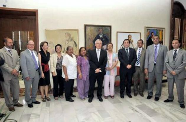 representantes de diversas universidades de la región