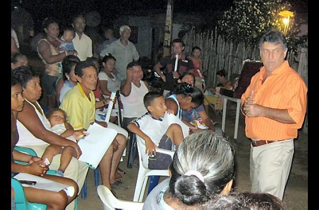 Ramón Emiro Muskus, del PIN, sigue sus encuentros con las comunidades.