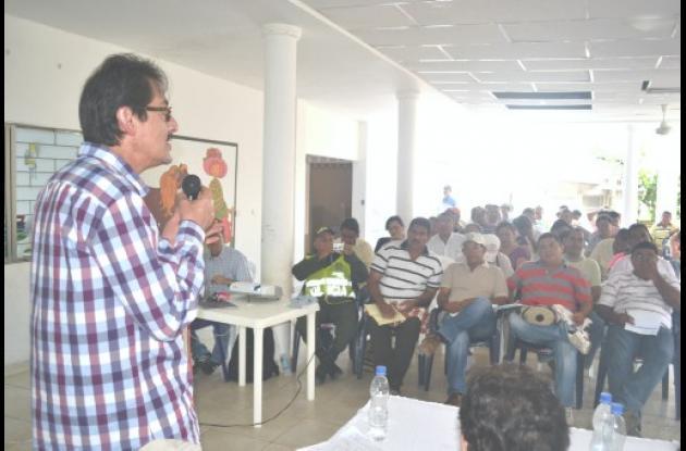 Autoridades y representantes de diversos sectores de La Mojana