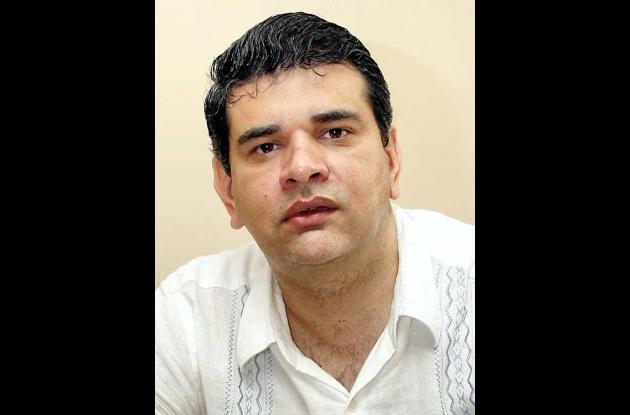 Gustavo  Montes Fernández, candidato por AICO.