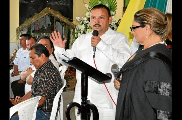 Manuel Pérez Méndivil, nuevo alcalde de Los Palmitos, durante su posesión.