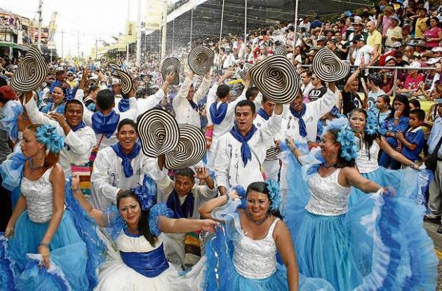se cumplirán diferentes desfiles en el marco de las fiestas enerinas.