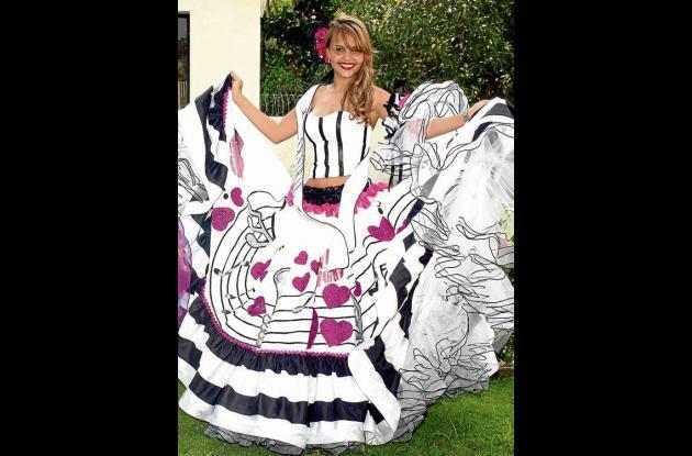 Paola Oliver Moreno, reina central de las Fiestas del 20 de Enero.
