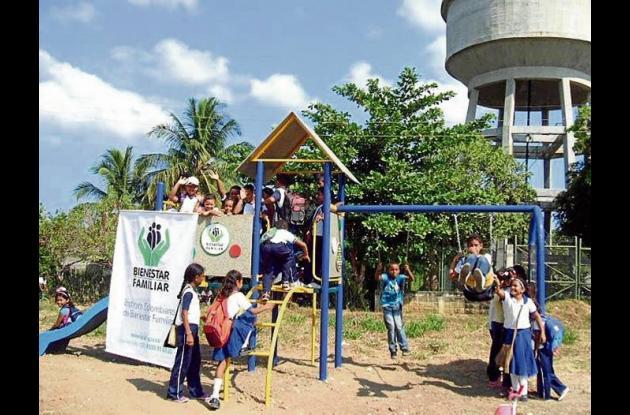 Los niños y niñas de Coveñas están disfrutando del Ecoparque.