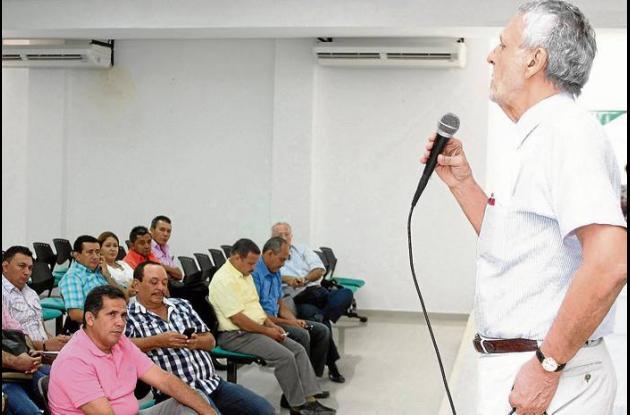 El gobernador de Sucre, durante la instalación de la Asamblea de Carsucre.