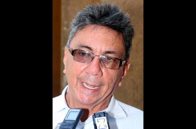 Hernándo Jaimes Amoro-cho, director de la Corpora-ción Observatorio del Mer-cado
