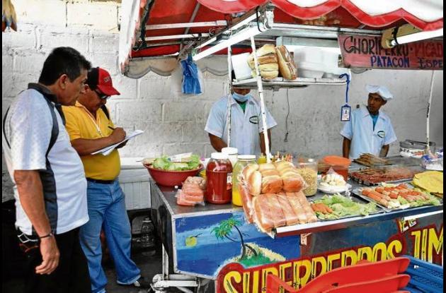 Los controles a ventas de comidas durante la temporada de Semana Santa.