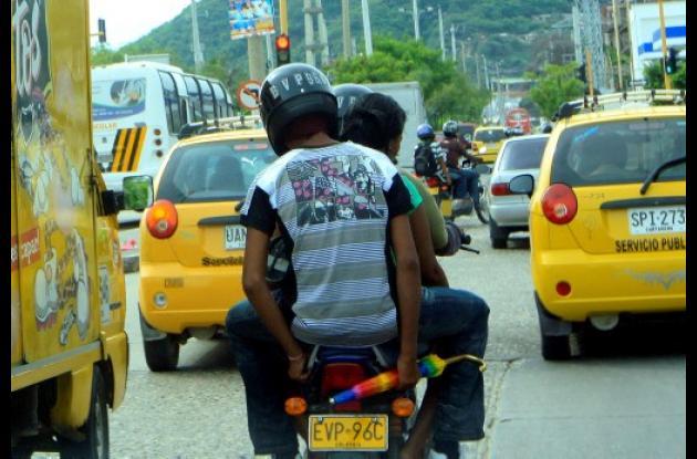 Mototaxi con sobrecupo