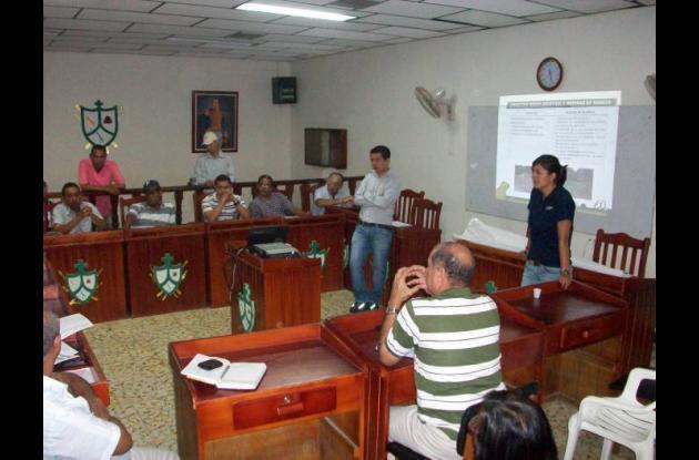 Socialización de combustoleoducto en la sede del Concejo municipal de Magangué.