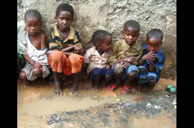 Somalia sigue sometida a una hambruna.