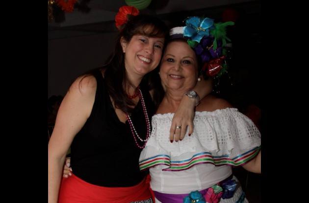 Fiesta de polleras en cumpleaños de Sonia Pareja