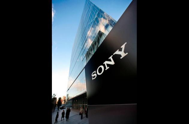 Tanto Sony como Panasonic buscan alcanzar la producción masiva de bajo costo par