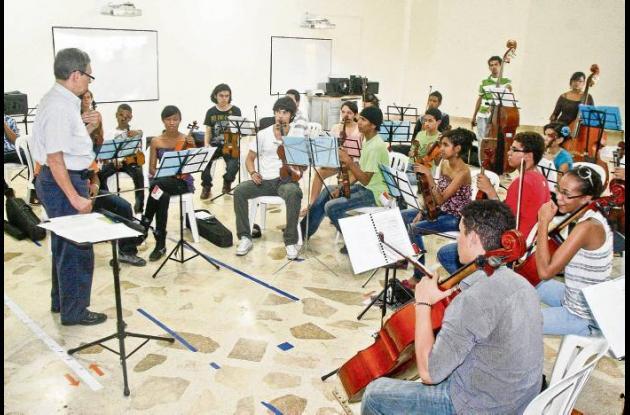 estudiantes del Centro Orquestal Batuta de Sincelejo
