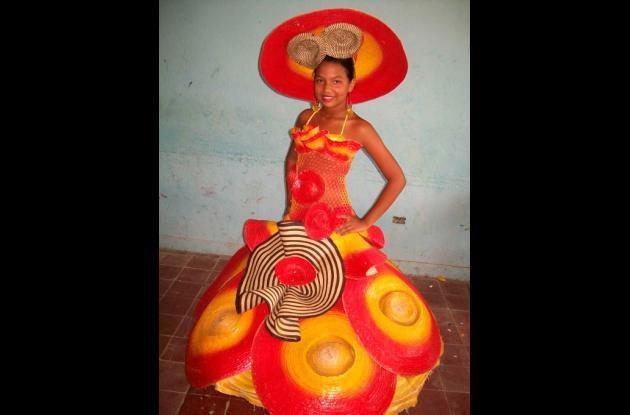 Keila Rengifo Montes, vestido fandango al amanecer