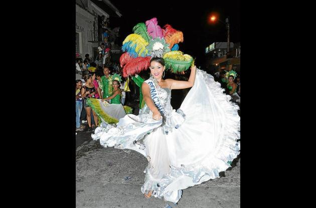 La candidata del barrio El Renacimiento, Brigitte Restrepo.