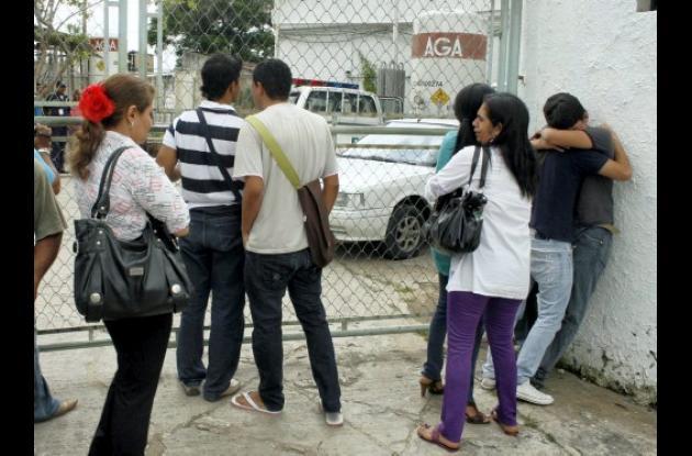 Familiares y amigos del joven asesinado lamentaron la muerte del estudiante