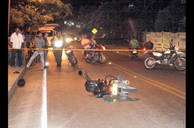 En la Carretera Troncal del Caribe quedó tirada la moto