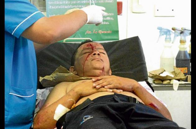 El conductor del furgón, fue atendido de urgencias en el Hospital Nuestra Señora