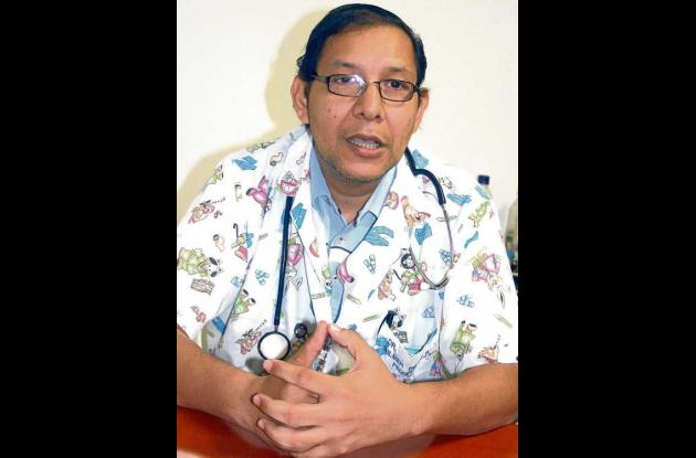 Wilmer Alfonso Pérez, médico geriatra neonatologo e intensivista.