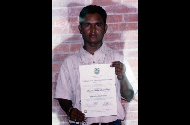 Ricardo Andrés Santos Pérez, fallecido.