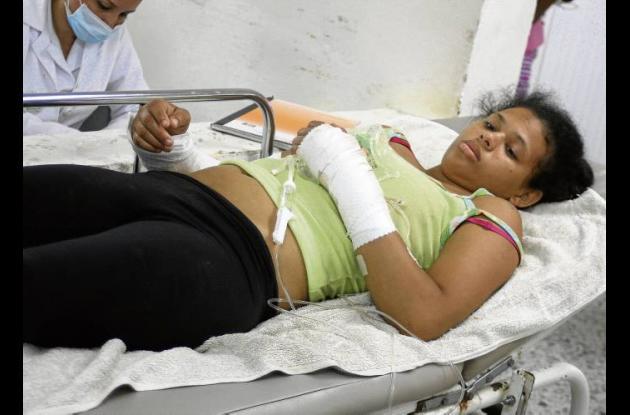 Wendy Castillo Madrid, de 18 años de edad, herida.