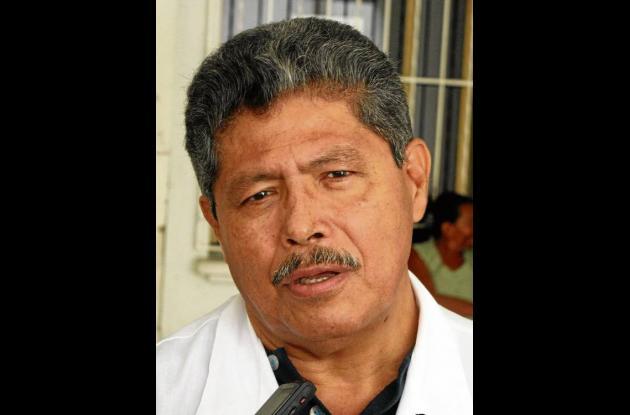 Roviro Munive, médico urgencia de Unidad Intermedia San Francisco de Asís.