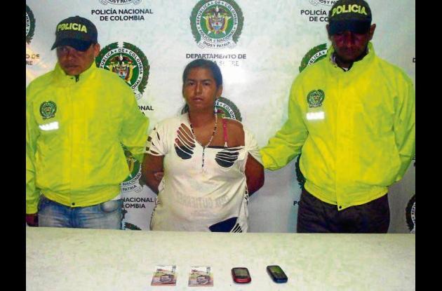 Arelis María González Pantoja, mujer capturada por extorsión.