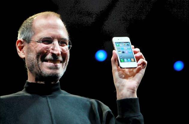 Apple confirma muerte de Steve Jobs.