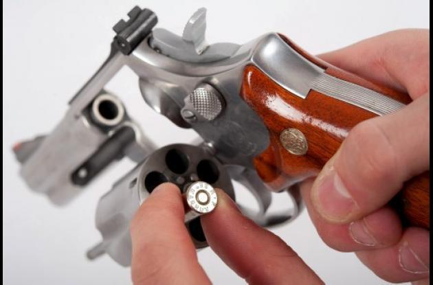 Suiza votó en contra del control a armas de fuego.