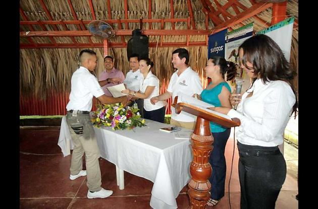 26 jóvenes montemarianos se graduaron de Técnicos Operarios en Gas Natural.