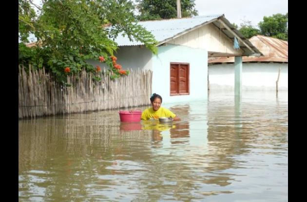 El río Magdalena nuevamente inunda al corregimiento de Tacamocho, jurisdicción d