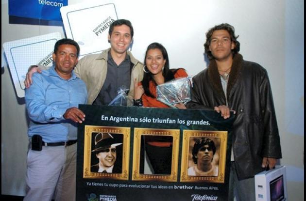 Tadeístas ganan concurso nacional de publicidad