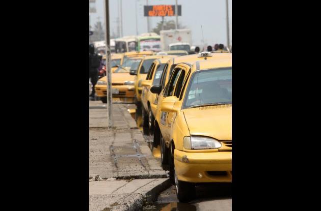 Distrito aprueba recargo nocturno para taxis en Cartagena