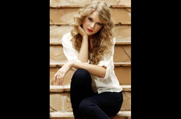 Taylor Swift de 22 años, ganó 57 millones de dólares entre mayo de 2011 y mayo d
