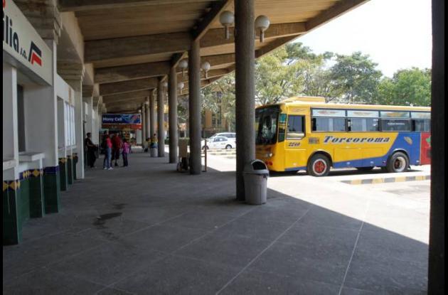 Llegada de viajeros a Terminal de Transportes de Cartagena