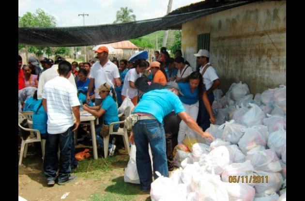 Tierra de Hombres entregó ayudas humanitarias a los damnificados.