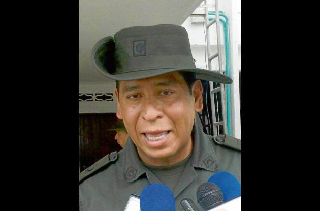 Coronel Salvador Gutiérrez. Comandante Policía Sucre.