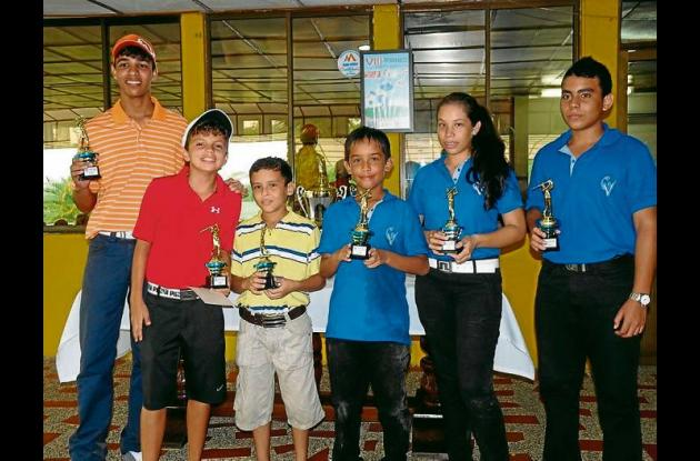 El equipo del colegio Campestre –El Recreo, subcampeón del torneo
