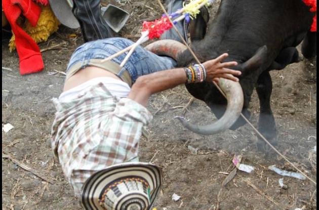 Esta tarde dejó más de 20 corneados y tres caballos lesionados.