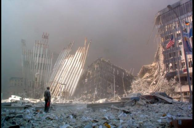 Las Torres Gemelas después del atentado del 11 de septiembre de 2001.