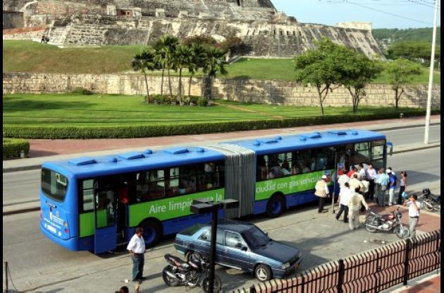 Bus articulado de Transcaribe.